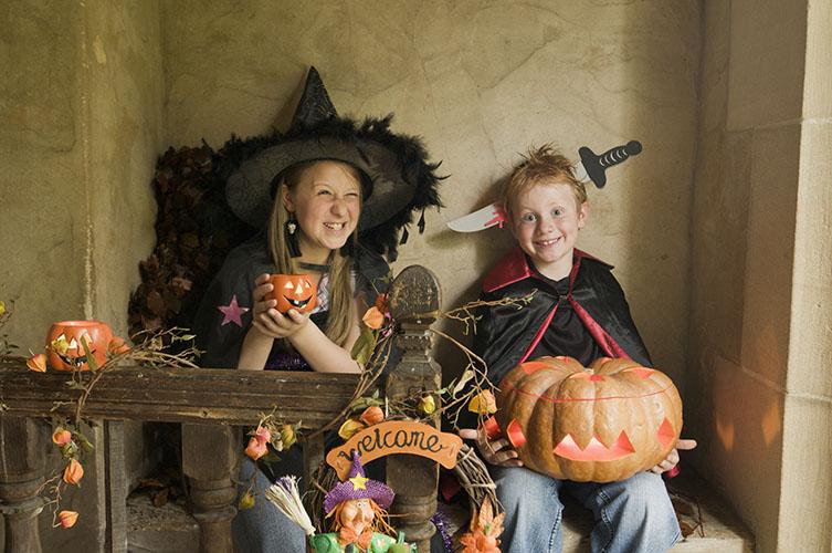 Halloween costume ©National Trust Images Andreas von Einsiedel