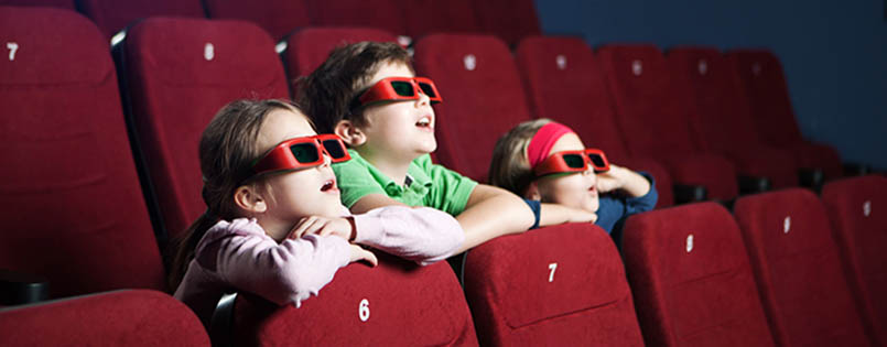 kids-at-cinema